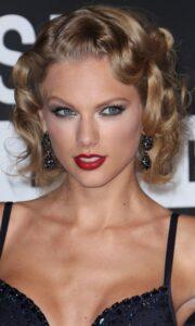 Taylor Swift Finger Waves Hair